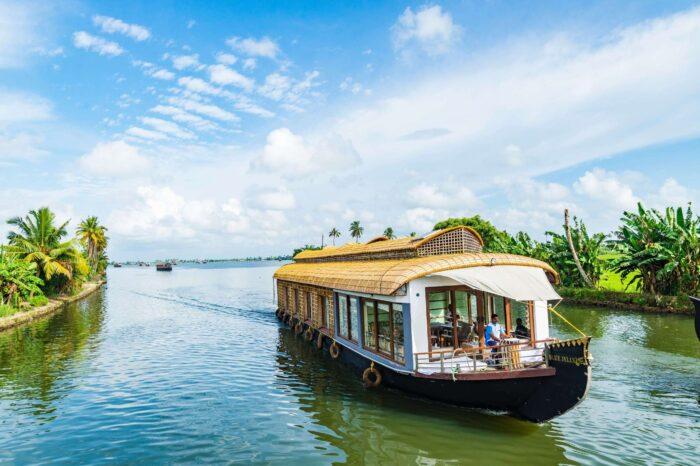 Backwater Kerala Tour